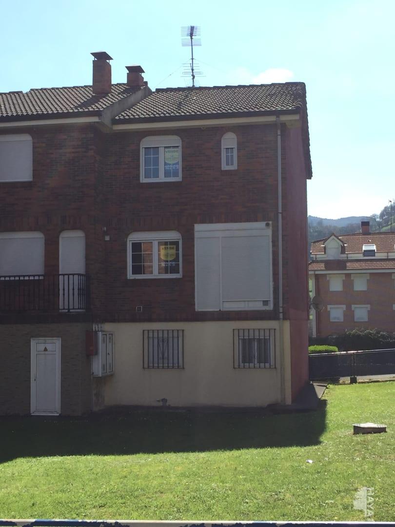 Casa en venta en Mosqueruela, Ramales de la Victoria, Cantabria, Avenida la Quintana, 101.290 €, 3 habitaciones, 1 baño, 150 m2