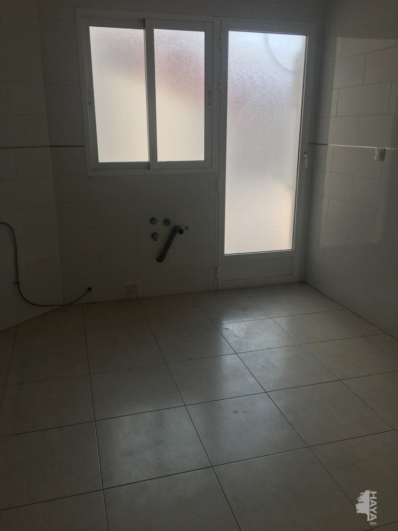 Piso en venta en Alhama de Murcia, Murcia, Calle Aljucer, 67.250 €, 2 habitaciones, 1 baño, 97 m2