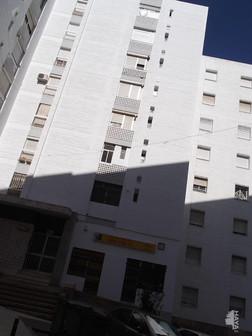 Piso en venta en Huelva, Huelva, Calle Legión Española, 46.048 €, 3 habitaciones, 1 baño, 85 m2