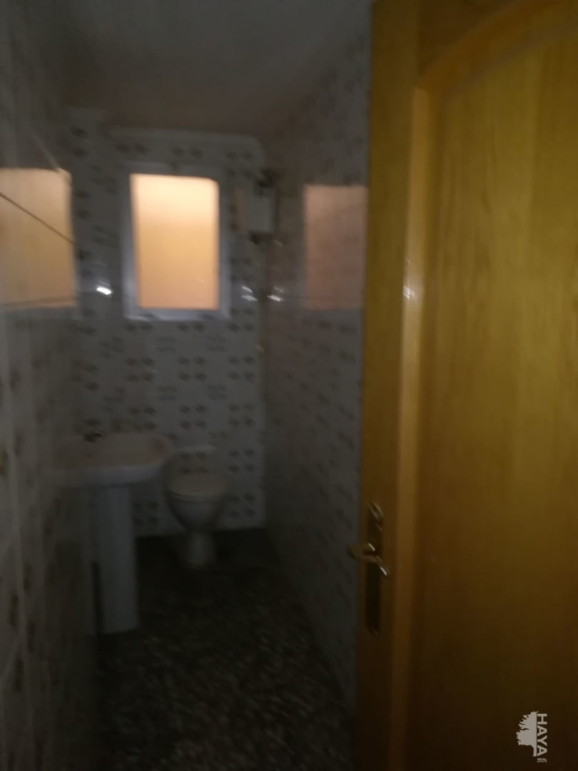 Piso en venta en Piso en Novelda, Alicante, 84.400 €, 1 baño, 129 m2
