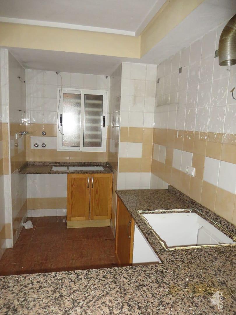 Piso en venta en Piso en Torrevieja, Alicante, 64.880 €, 2 habitaciones, 1 baño, 68 m2