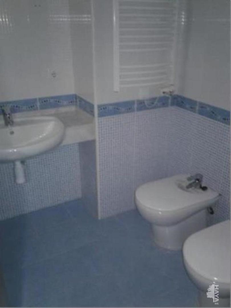Piso en venta en Santa Margarida I Els Monjos, Barcelona, Calle Canigó, 158.640 €, 4 habitaciones, 3 baños, 111 m2