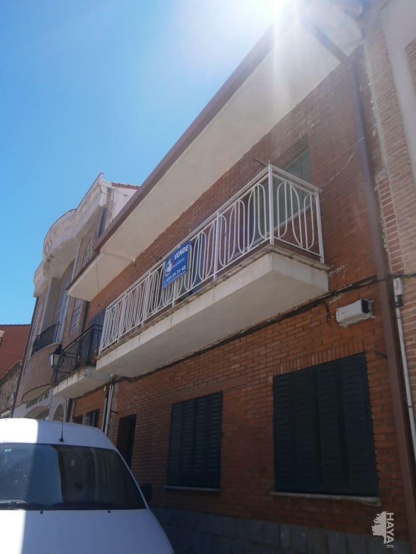 Casa en venta en El Hoyo de Pinares, Ávila, Avenida Constitución, 48.000 €, 4 habitaciones, 1 baño, 135 m2
