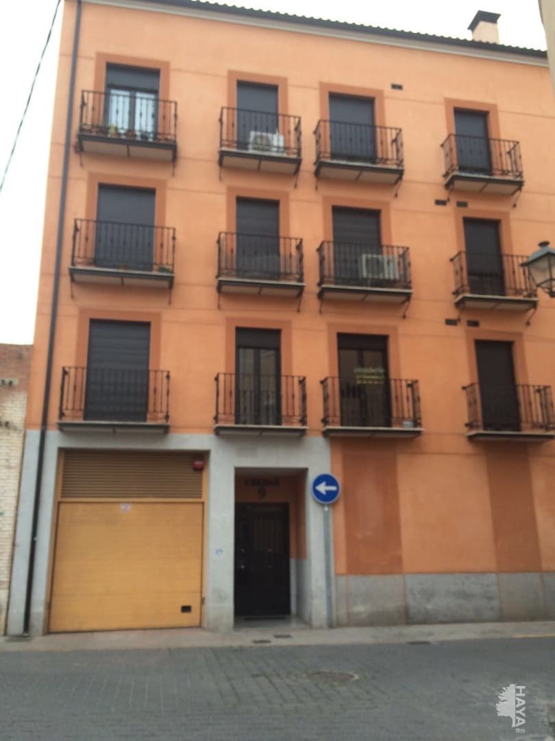 Piso en venta en Talavera de la Reina, Toledo, Calle Ubedas, 86.600 €, 2 habitaciones, 2 baños, 94 m2