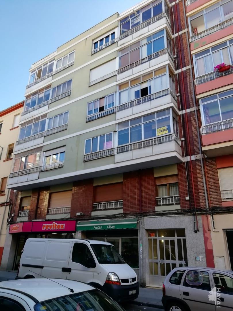 Piso en venta en Eras de Renueva, León, León, Calle Laureano Diez Canseco, 56.000 €, 3 habitaciones, 1 baño, 83 m2