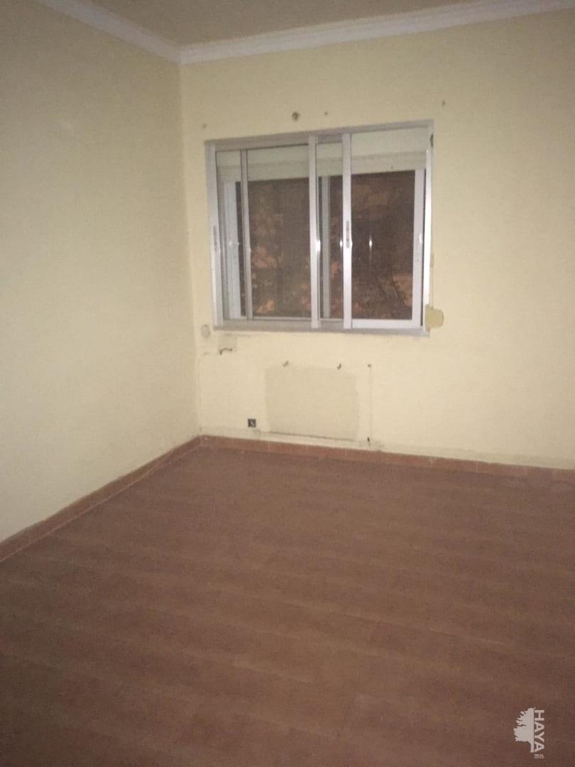 Piso en venta en Ponferrada, León, Avenida Jose Valgoma Suarez, 37.275 €, 2 habitaciones, 1 baño, 63 m2