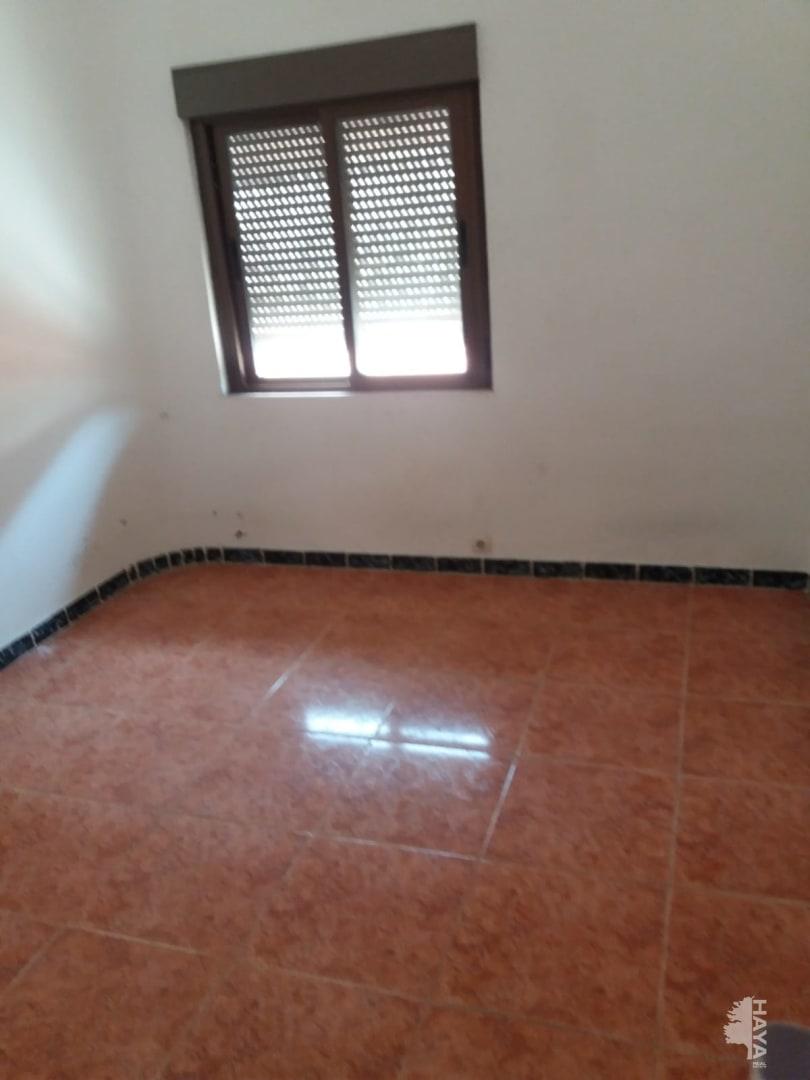 Piso en venta en Las Delicias, Valladolid, Valladolid, Calle Caamaño, 28.000 €, 3 habitaciones, 1 baño, 68 m2