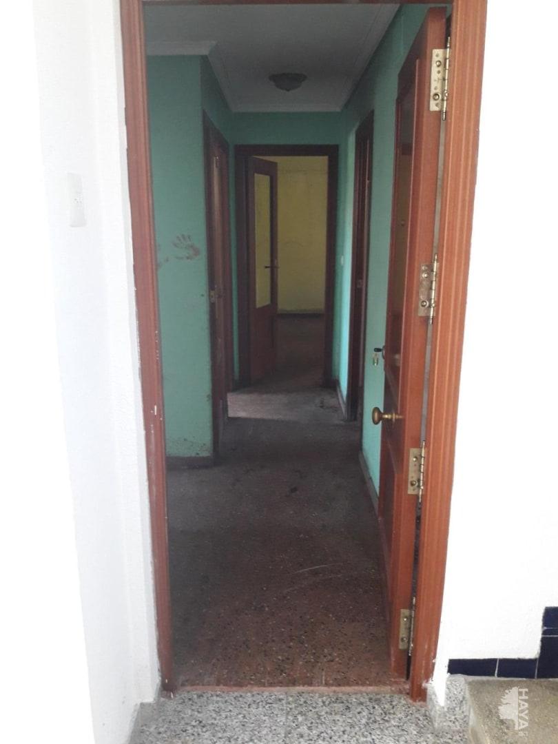 Piso en venta en Santa Rosa, Alcoy/alcoi, Alicante, Calle Peru, 35.500 €, 2 habitaciones, 2 baños, 75 m2
