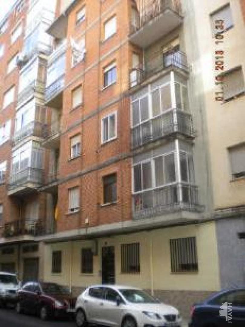 Piso en venta en Franciscanos, Albacete, Albacete, Calle Blasco de Garay, 43.500 €, 2 habitaciones, 1 baño, 92 m2