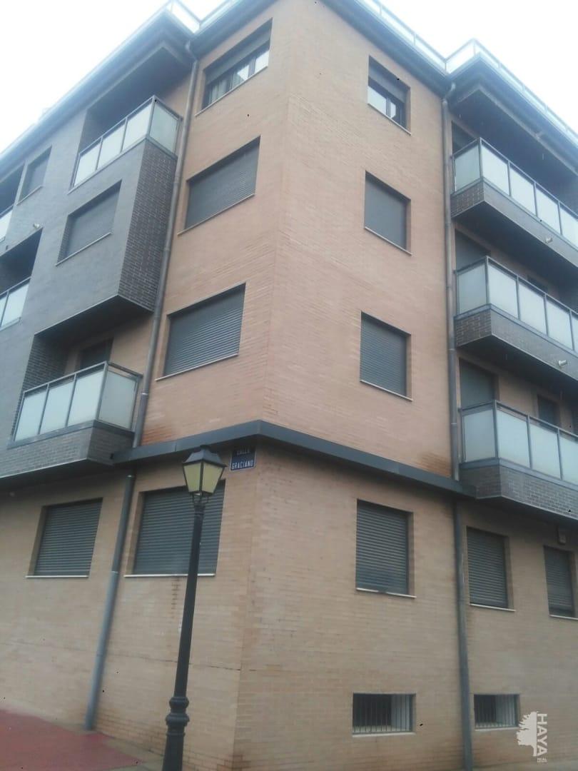 Piso en venta en Alberite, La Rioja, Calle Graciano, 48.000 €, 1 habitación, 1 baño, 45 m2