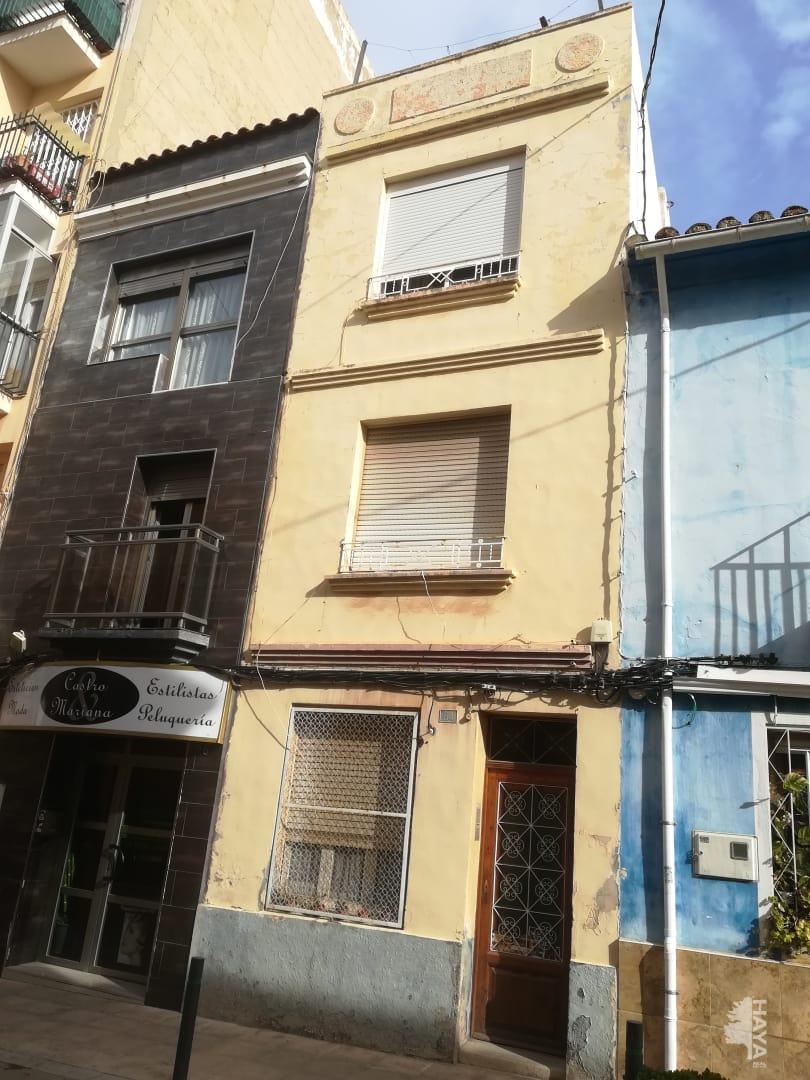 Piso en venta en Castellón de la Plana/castelló de la Plana, Castellón, Calle Santo Tomas, 36.630 €, 3 habitaciones, 1 baño, 99 m2