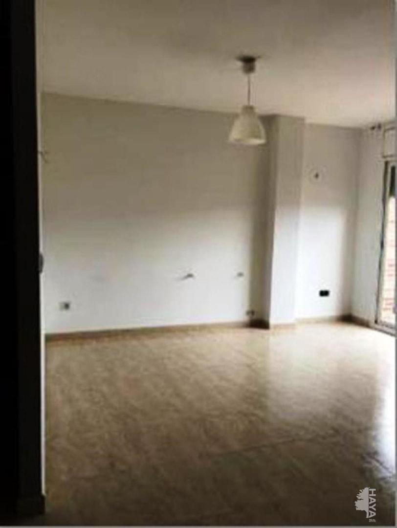 Piso en venta en Sant Celoni, Barcelona, Calle Montserrat, 173.600 €, 3 habitaciones, 2 baños, 80 m2