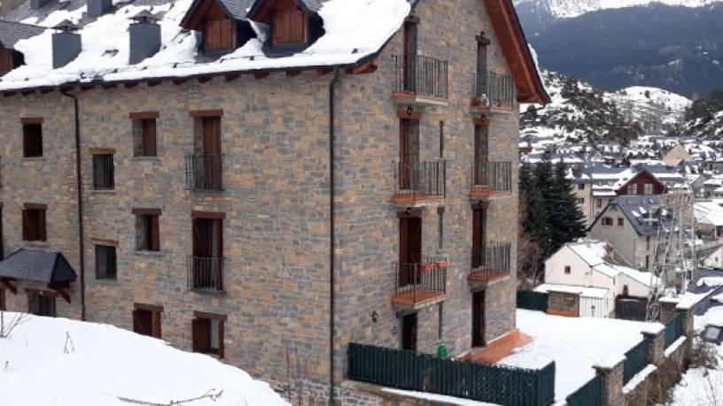 Piso en venta en Formigal, Sallent de Gállego, Huesca, Calle Francia, 192.000 €, 2 habitaciones, 2 baños, 100 m2