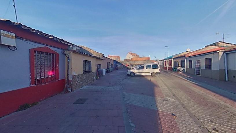 Casa en venta en Barrio España, Valladolid, Valladolid, Calle Bergantiños, 47.910 €, 2 habitaciones, 1 baño, 100 m2