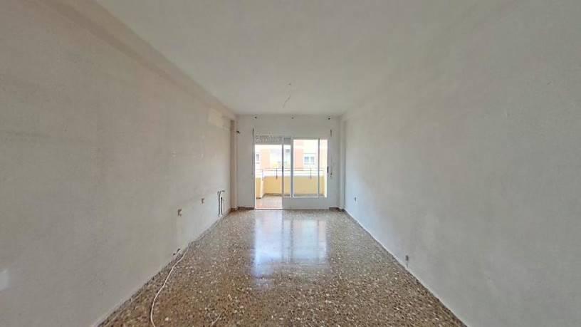 Piso en venta en Industria, Albacete, Albacete, Avenida Miguel López de Legazpi, 130.250 €, 1 habitación, 1 baño, 95 m2
