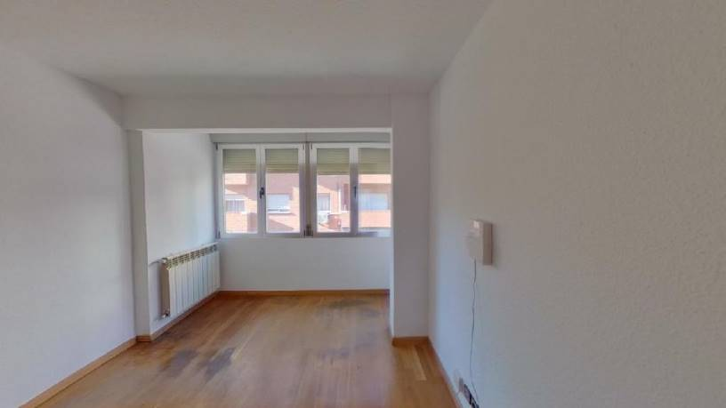 Piso en venta en Los Tempranales, San Sebastián de los Reyes, Madrid, Calle San Nicolas, 193.850 €, 1 habitación, 1 baño, 62 m2