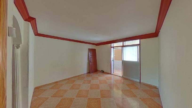 Piso en venta en Palma-palmilla, Málaga, Málaga, Calle Arlazon, 72.000 €, 1 habitación, 1 baño, 84 m2