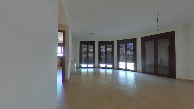 Piso en venta en Borda Sellarès, la Seu D`urgell, Lleida, Avenida Saloria, 108.700 €, 2 habitaciones, 2 baños, 72 m2