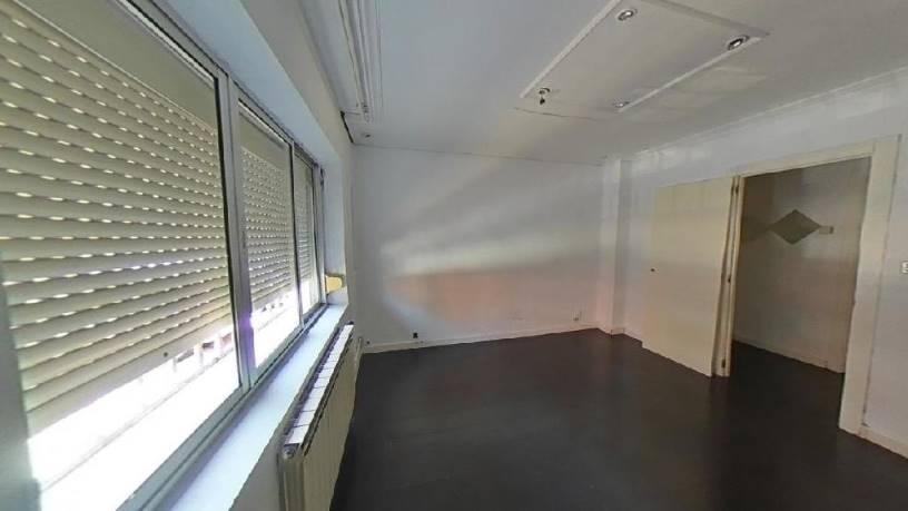 Piso en venta en Circular, Valladolid, Valladolid, Calle Malaga, 90.980 €, 3 habitaciones, 1 baño, 78 m2