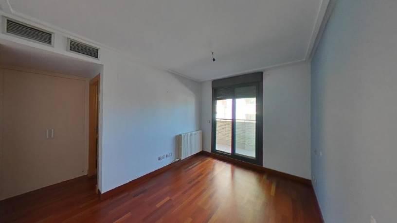 Piso en venta en Miralbueno, Zaragoza, Zaragoza, Calle Lagos de Coronas, 272.140 €, 2 habitaciones, 2 baños, 109 m2