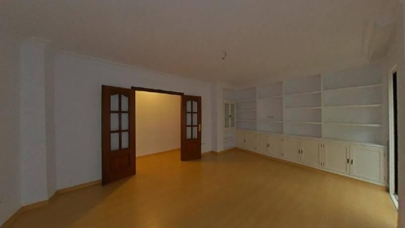 Piso en venta en Casco Antiguo, Sevilla, Sevilla, Calle Jesus del Gran Poder, 246.900 €, 3 habitaciones, 1 baño, 79 m2