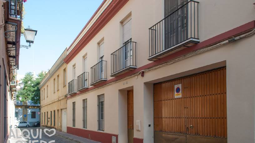 Piso en venta en Nervión, Sevilla, Sevilla, Calle Santo Rey, 242.200 €, 2 habitaciones, 1 baño, 70 m2