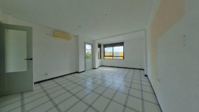 Piso en venta en Gandia, Valencia, Calle Gabriel Miro, 44.170 €, 4 habitaciones, 1 baño, 100 m2