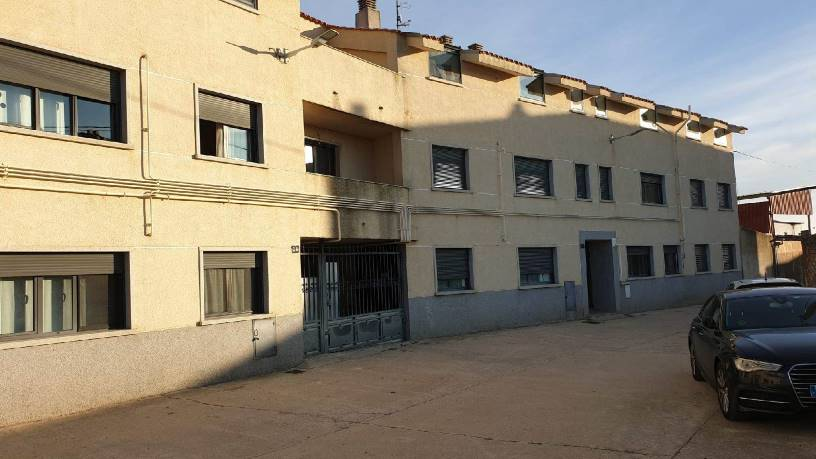 Piso en venta en Monfarracinos, Zamora, Calle Cubillos, 68.500 €, 3 habitaciones, 1 baño, 106 m2