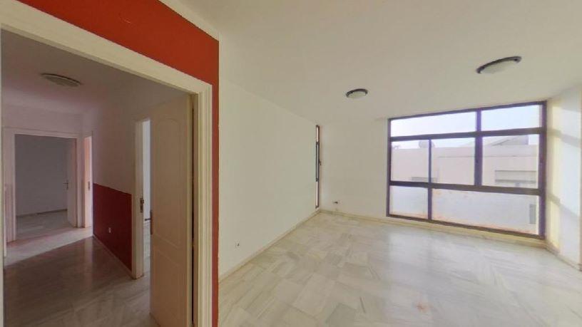 Piso en venta en Arrecife, Las Palmas, Calle Zamora, 139.300 €, 3 habitaciones, 2 baños, 92 m2