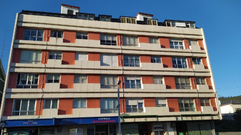 Piso en venta en Burela, Lugo, Avenida Arcadio Pardiñas, 95.500 €, 6 habitaciones, 2 baños, 134 m2