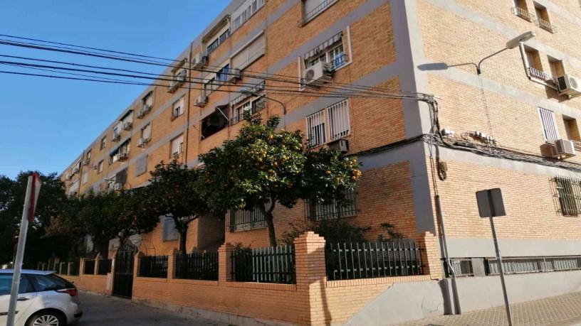 Piso en venta en Sevilla, Sevilla, Calle Puerto de Lumbreras, 86.300 €, 4 habitaciones, 2 baños, 86 m2
