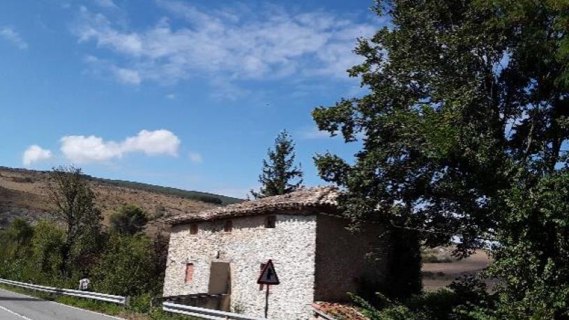 Casa en venta en Cendea de Olza/oltza Zendea, Navarra, Calle Camino de Ibero, 85.300 €, 1 habitación, 1 baño, 267 m2