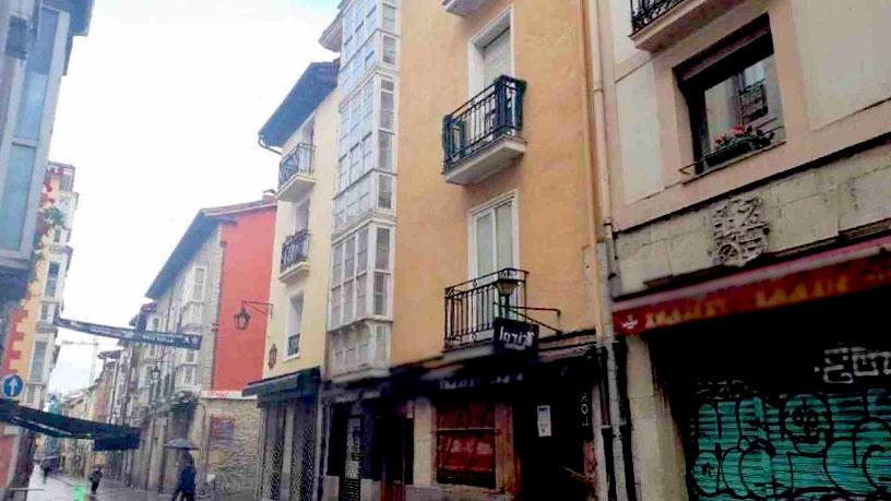 Piso en venta en Vitoria-gasteiz, Álava, Calle Cuchillería, 276.630 €, 5 habitaciones, 1 baño, 147 m2