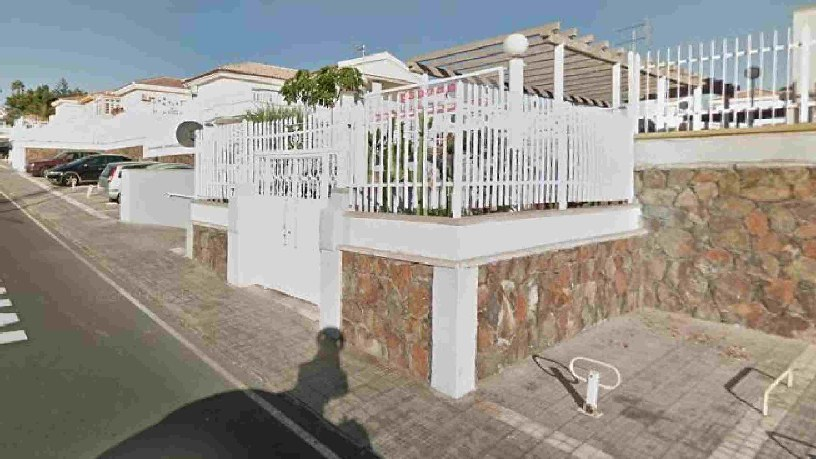 Casa en venta en San Bartolomé de Tirajana, Las Palmas, Calle Doctor Agustin Millares Carlo, 380.400 €, 2 habitaciones, 3 baños, 134 m2