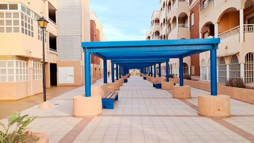 Piso en venta en Roquetas de Mar, Almería, Calle Bolivia, 91.390 €, 2 habitaciones, 1 baño, 78 m2