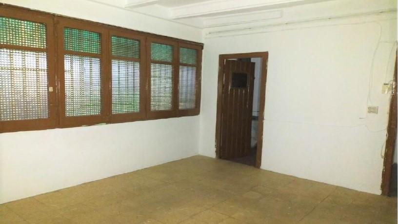 Piso en venta en Tortosa, Tarragona, Calle Sant Joan Baptista de la Salle, 39.100 €, 4 habitaciones, 2 baños, 122 m2