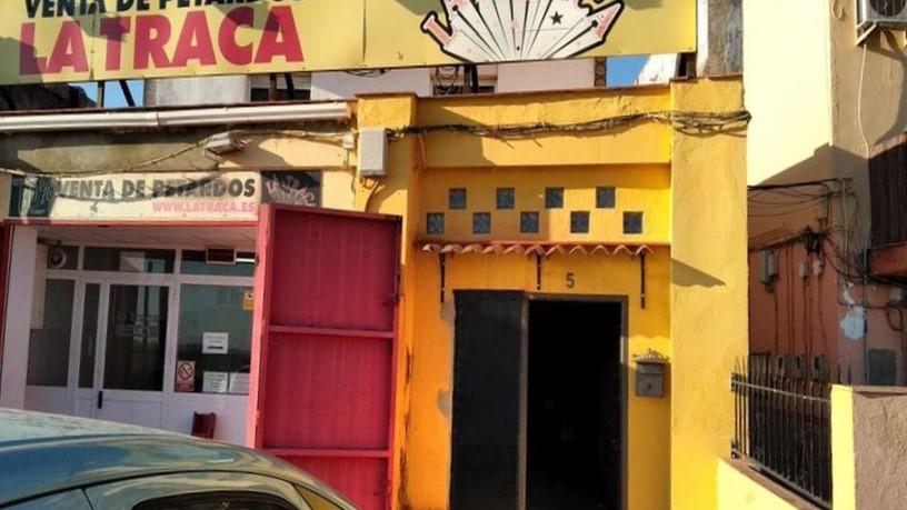 Piso en venta en Distrito Macarena, Sevilla, Sevilla, Carretera Brenes, 128.930 €, 7 habitaciones, 2 baños, 174 m2