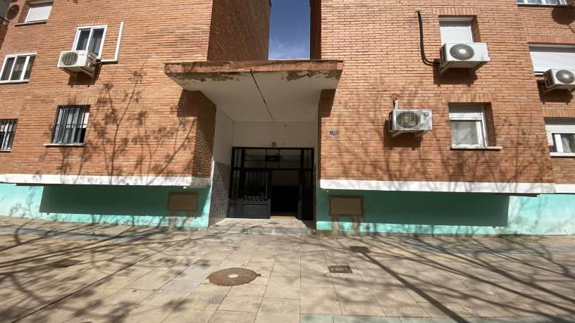 Piso en venta en Alameda de la Monjas, Meco, Madrid, Avenida de la Luz, 141.500 €, 3 habitaciones, 1 baño, 99 m2
