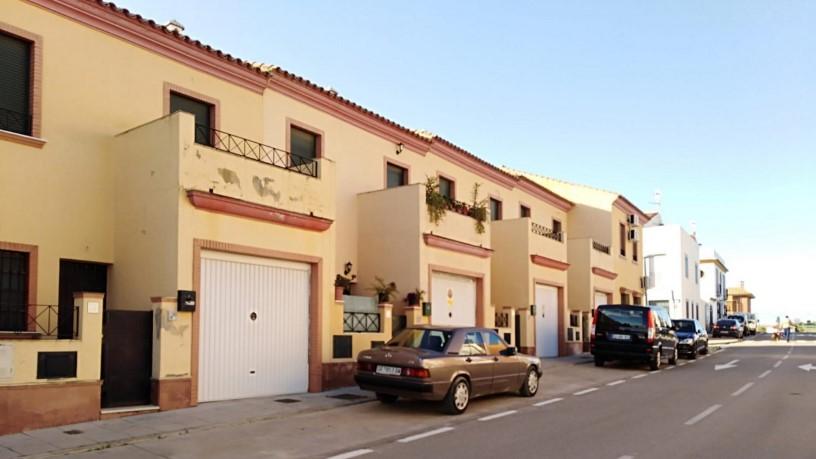 Casa en venta en Barriada  Pintor López Cabrera, Cantillana, Sevilla, Calle Carmen Amaya, 95.500 €, 4 habitaciones, 2 baños, 121 m2