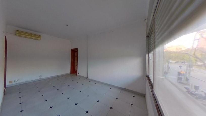 Piso en venta en Nou Barris, Barcelona, Barcelona, Calle Felip Ii, 247.300 €, 1 baño, 71 m2
