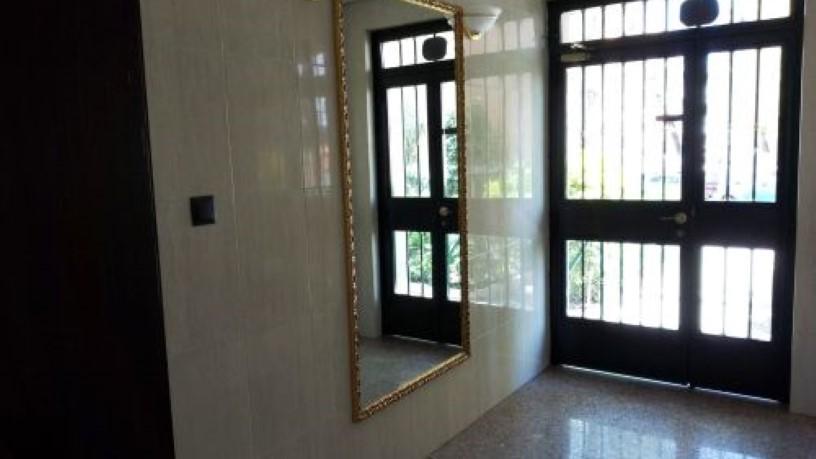 Piso en venta en Hortaleza, Madrid, Madrid, Calle Calasparra, 174.700 €, 1 baño, 48 m2