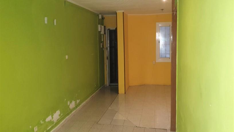 Piso en venta en Horta-guinardó, Barcelona, Barcelona, Calle Calderon de la Barca, 97.920 €, 1 habitación, 1 baño, 39 m2