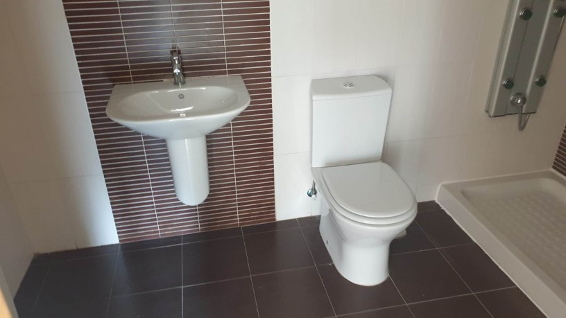 Piso en venta en Nuevo Naharros, Pelabravo, Salamanca, Calle Ubz, 92.900 €, 2 baños, 142 m2
