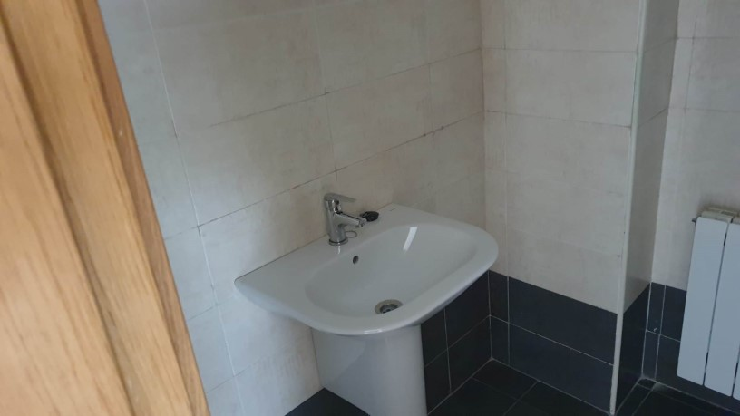 Piso en venta en Nuevo Naharros, Pelabravo, Salamanca, Calle Ubz, 88.100 €, 1 baño, 125 m2