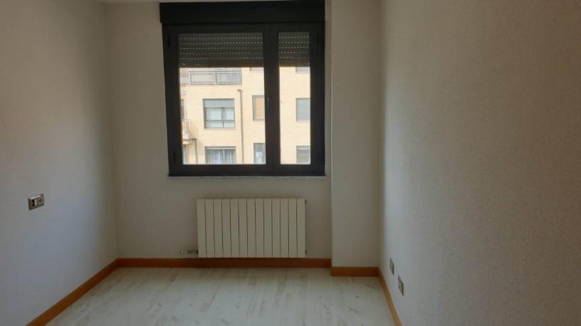 Piso en venta en Nuevo Naharros, Pelabravo, Salamanca, Calle Ubz, 74.300 €, 1 baño, 114 m2
