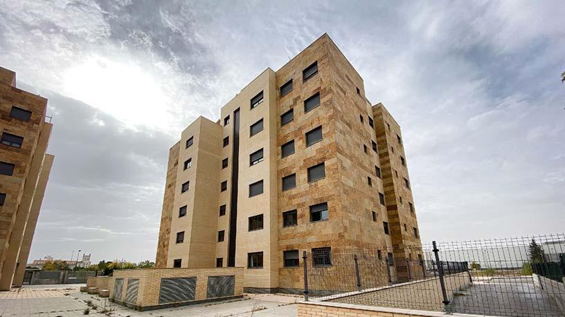 Piso en venta en Pinar de Jalón, Valladolid, Valladolid, Calle Arca, 162.700 €, 2 habitaciones, 1 baño, 121 m2