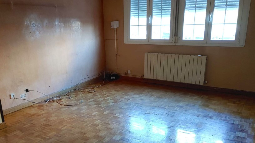 Piso en venta en Villa de Vallecas, Madrid, Madrid, Calle Cabaña, 182.400 €, 3 habitaciones, 2 baños, 116 m2