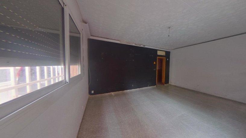 Piso en venta en Ca N`ustrell, Sabadell, Barcelona, Calle Osona, 116.400 €, 3 habitaciones, 1 baño, 70 m2
