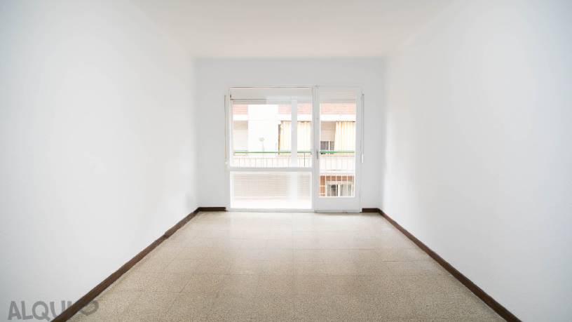 Piso en venta en Blanes, Girona, Calle Illes Medes, 80.604 €, 3 habitaciones, 1 baño, 74 m2