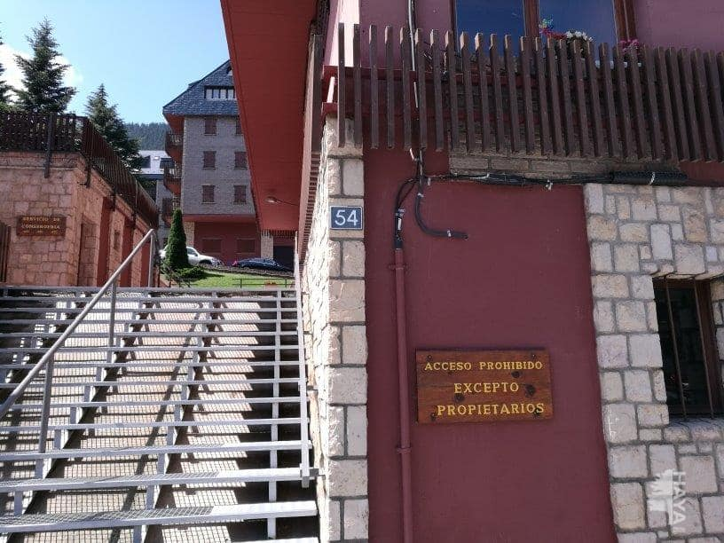 Piso en venta en Vielha E Mijaran, Lleida, Avenida Pas D`arro, 85.694 €, 1 habitación, 1 baño, 63 m2